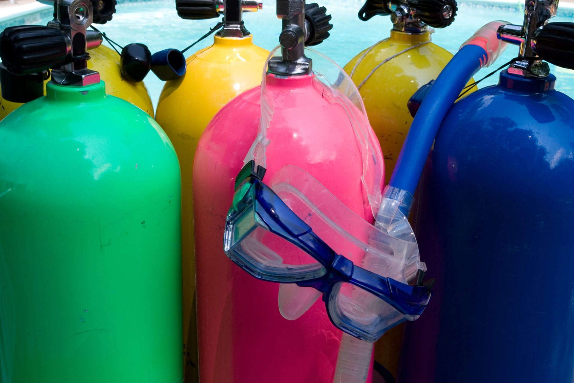Scuba Tanks with Mask